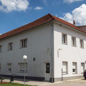 Dom-Ivana--Naslovnica-zgrada-procelje